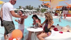 Pout Pool Party with Buzz Pop Coctails